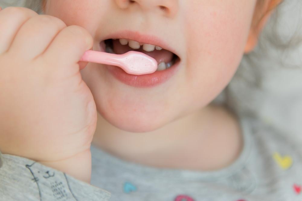 pasta dla dziecka z fluorem czy bez